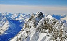 高原雪山风景