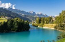 阿尔卑斯天然湖泊