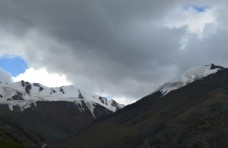 青海湖雪山