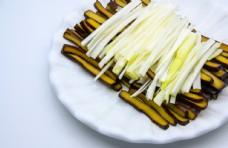 豆腐干与葱丝