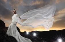 傍晚白色礼服