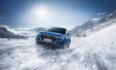 奥迪SUV Q3冰天雪地图片