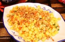 松仁玉米图片
